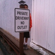 """Private Driveway"" Sign, the light is so cute."